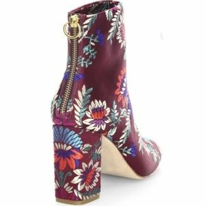 Joie Shoes - NEW Joie Saleema Brocade Embroidered Boots 39